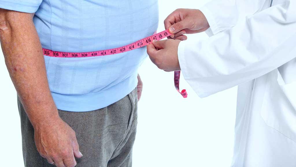 measuring a man's waist